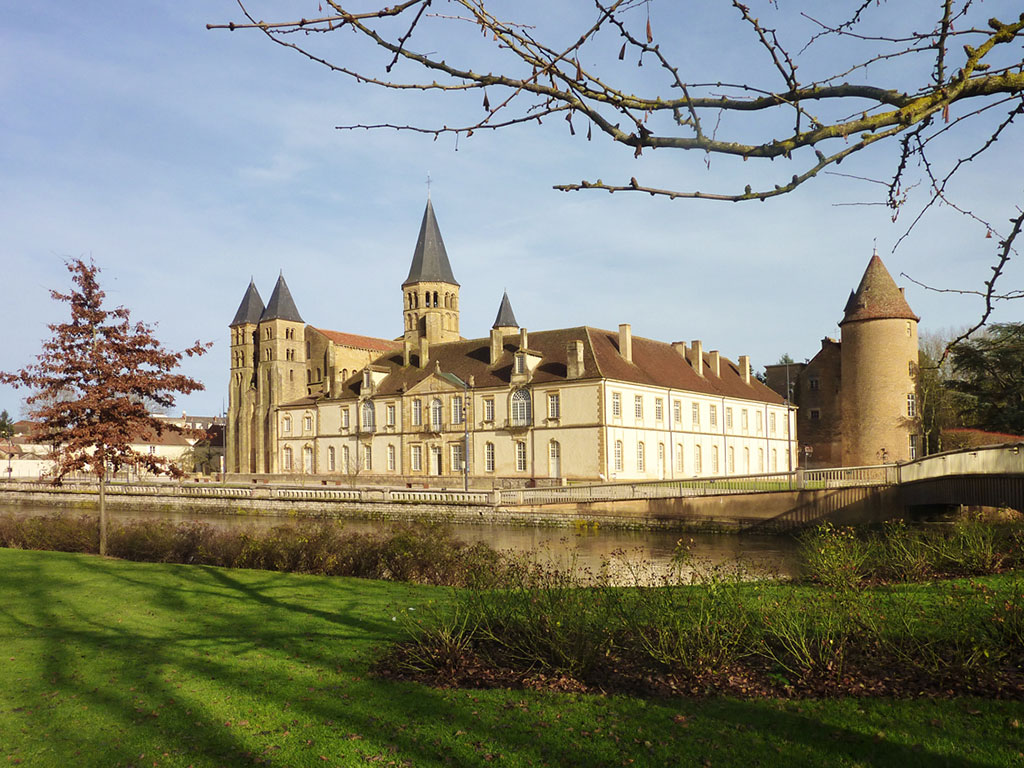 Architecte Paray Le Monial visit and discover paray-le-monial - le clos des etoiles